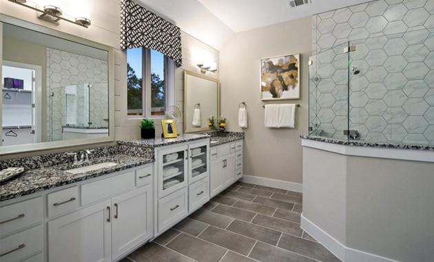 Master Bathroom - The Groveton (2718 Plan)