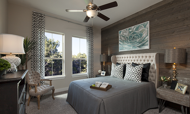 Secondary Bedroom - The Groveton (2718 Plan)
