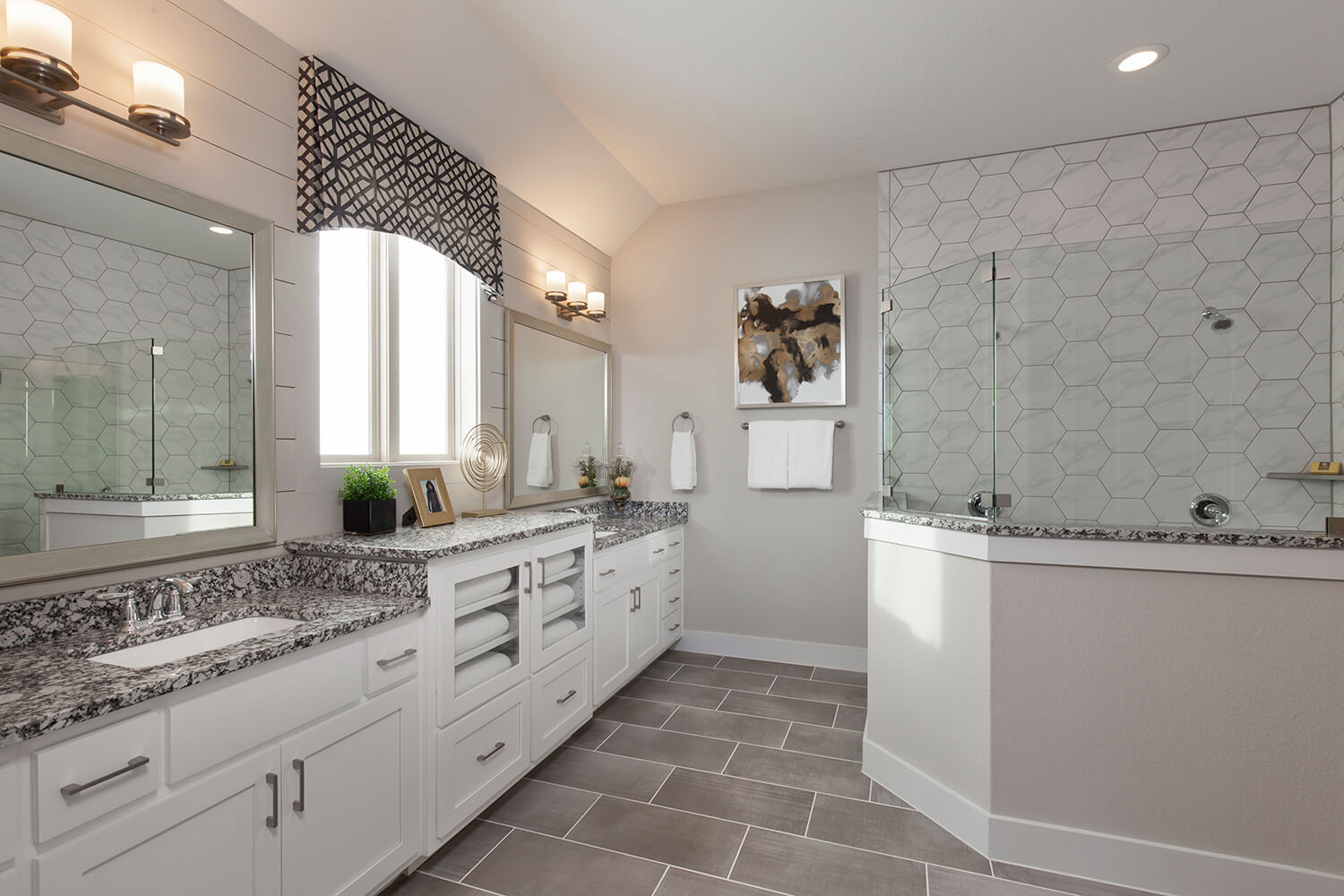 Master Bathroom - The Groveton (2718 Plan)