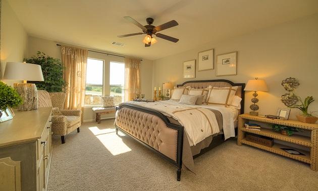 Master Bedroom - The Inwood II (2533 Plan)