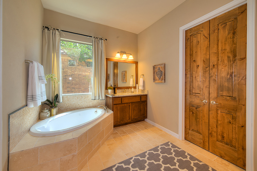 Master Bathroom - The San Gabriel (3217 Plan)
