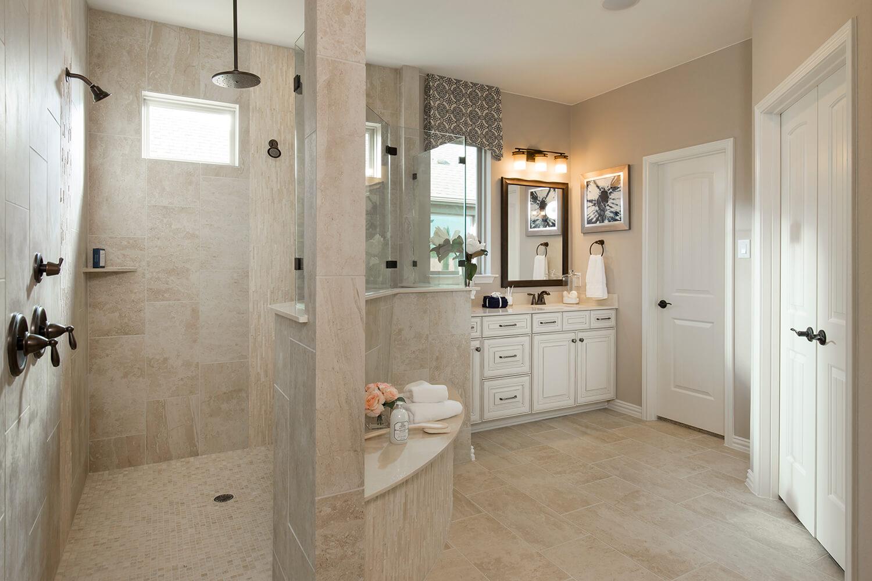 Master Bathroom - The Logan II (Design3377)