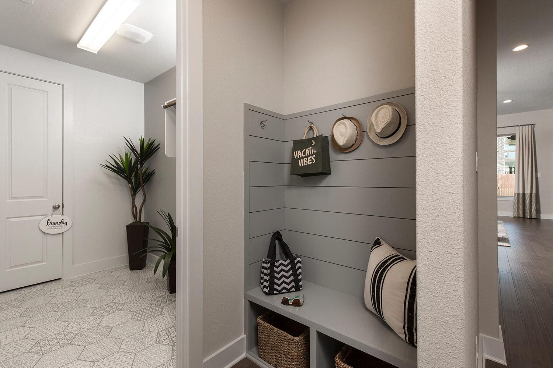 Mud Room - The Asherton (Design 2108)