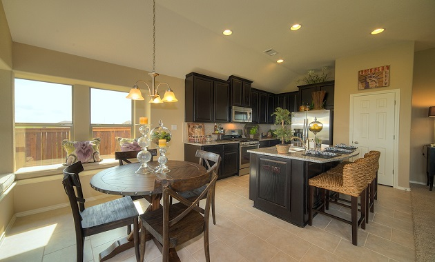 Kitchen - The Warrenton XXI (5396 Plan)