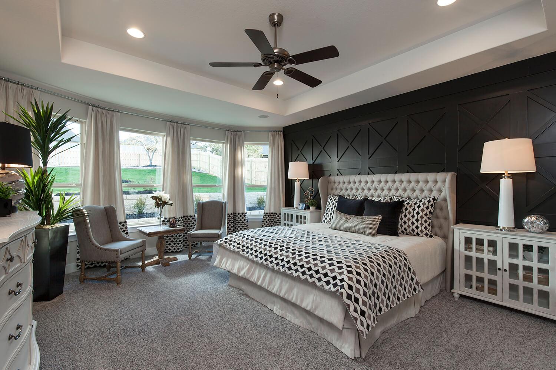Master Bedroom - The Groveton (2718 Plan)