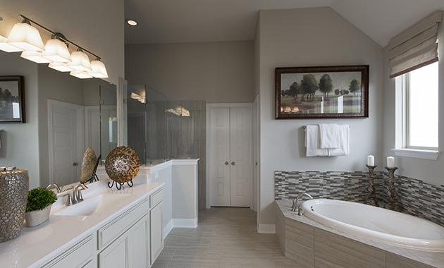 Master Bath - Design 2561
