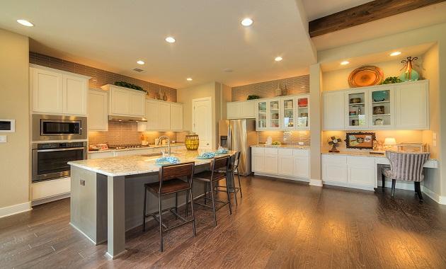 Kitchen - The Laguna (2583 Plan)