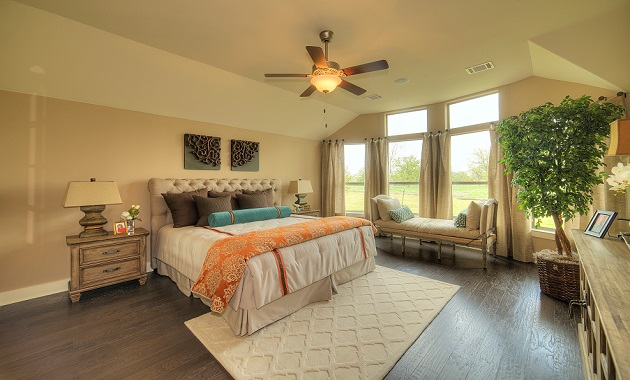 Master Bedroom - The Laguna (2583 Plan)