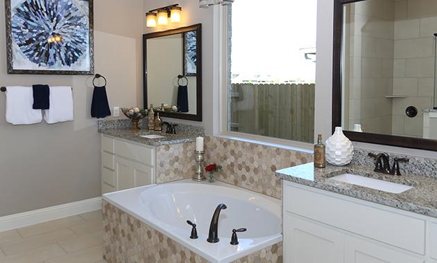 Master Bathroom - The Zavalla (Design 3253)