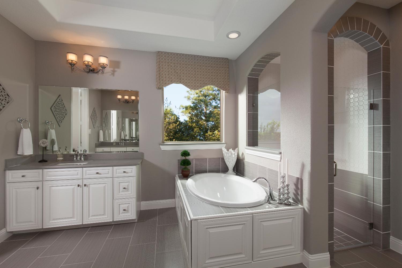Master Bathroom - The Caddo (Design 3630)