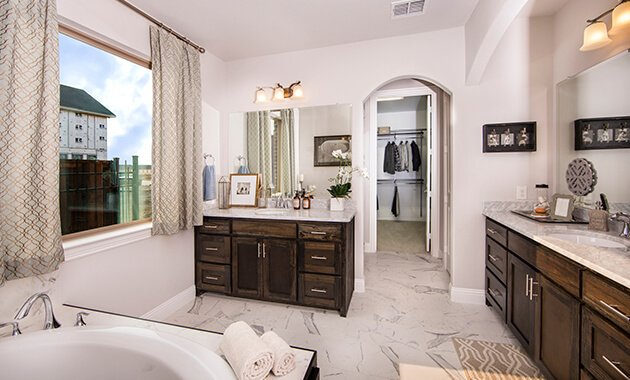 Master Bathroom - The Navarro Mills (3218 Plan)