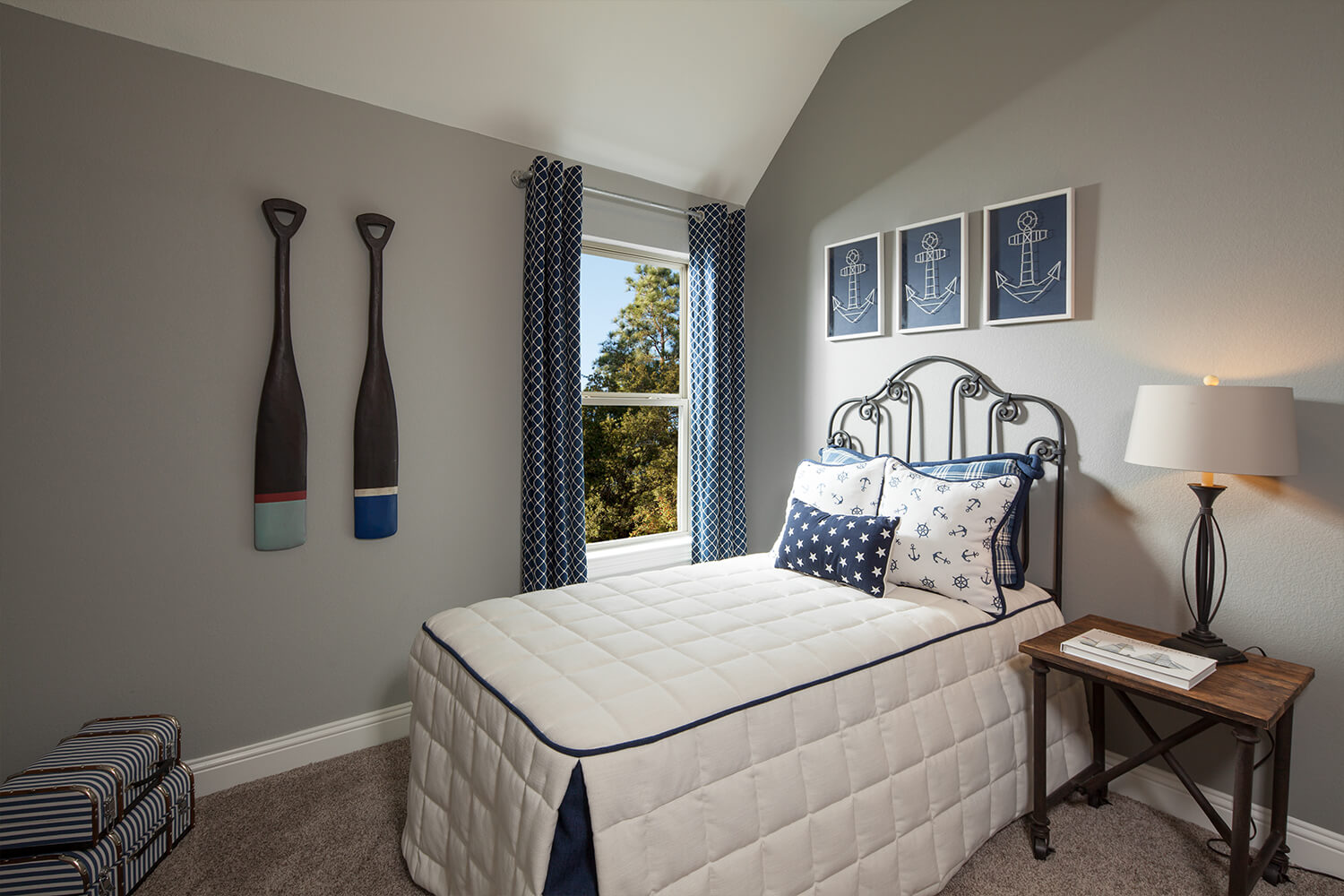 Secondary Bedroom - Burkburnett (Design 2091)