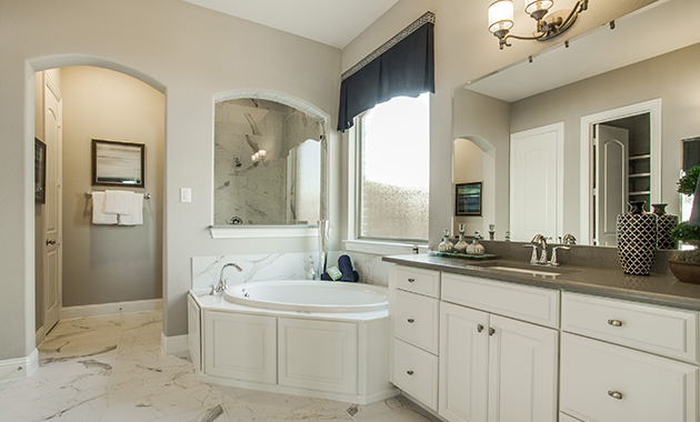Master Bathroom - The Evant (2889 Plan)