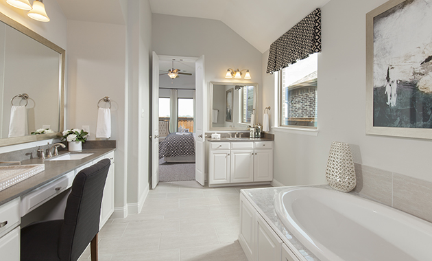 Master Bathroom - The Brookston (3099 Plan)