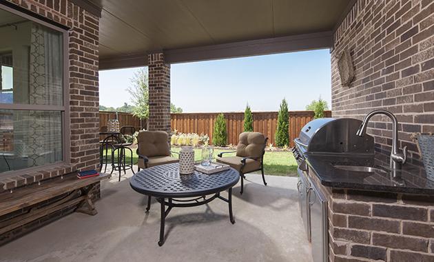 Outdoor Kitchen - The Brookston (3099 Plan)