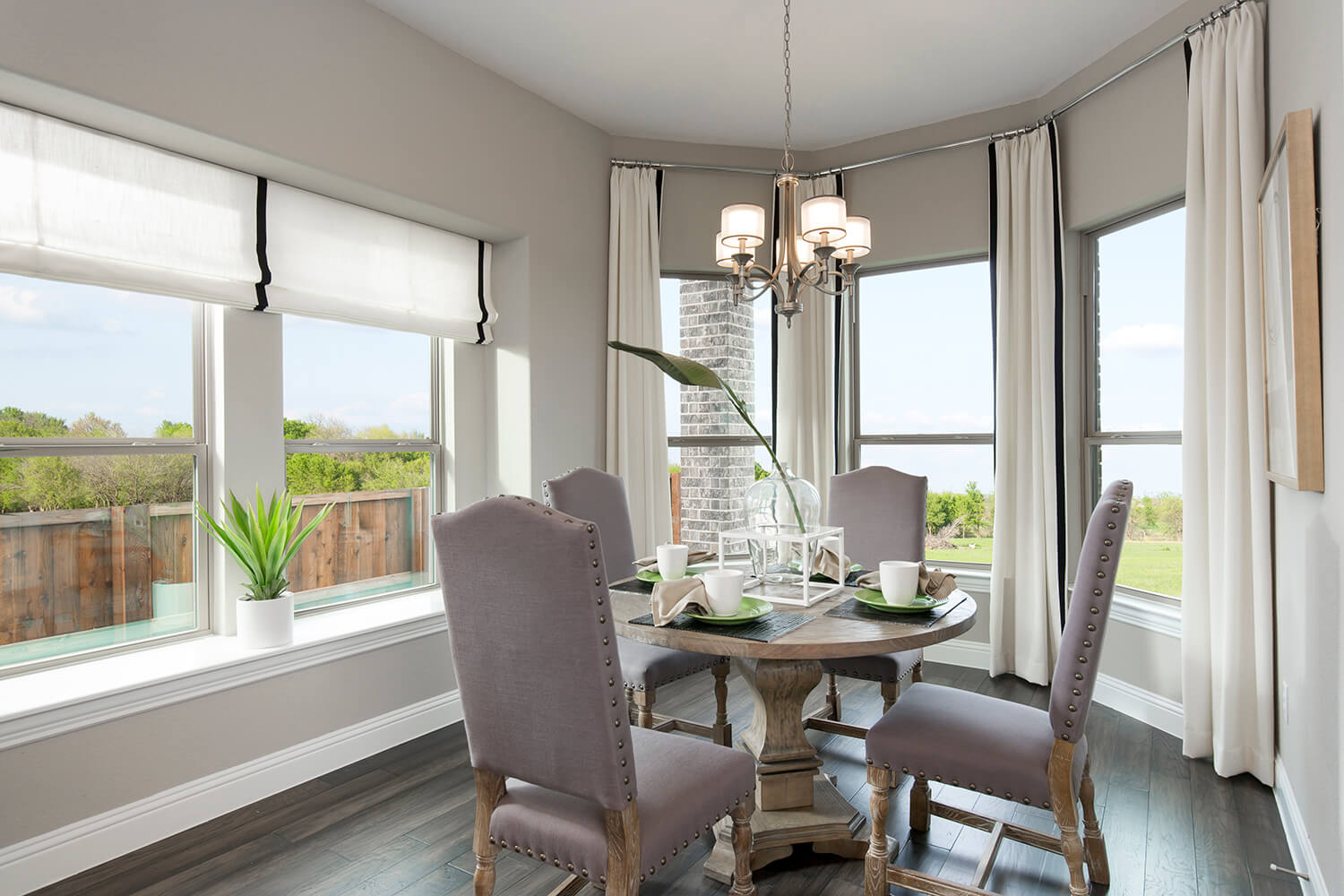 Breakfast Area - The Devine (Plan 3391)