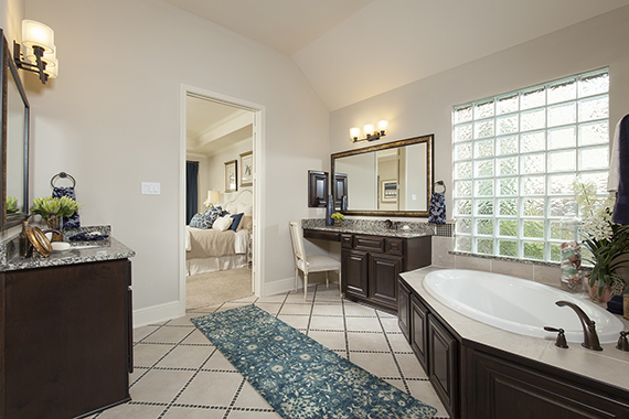 Master Bathroom - Design 5863