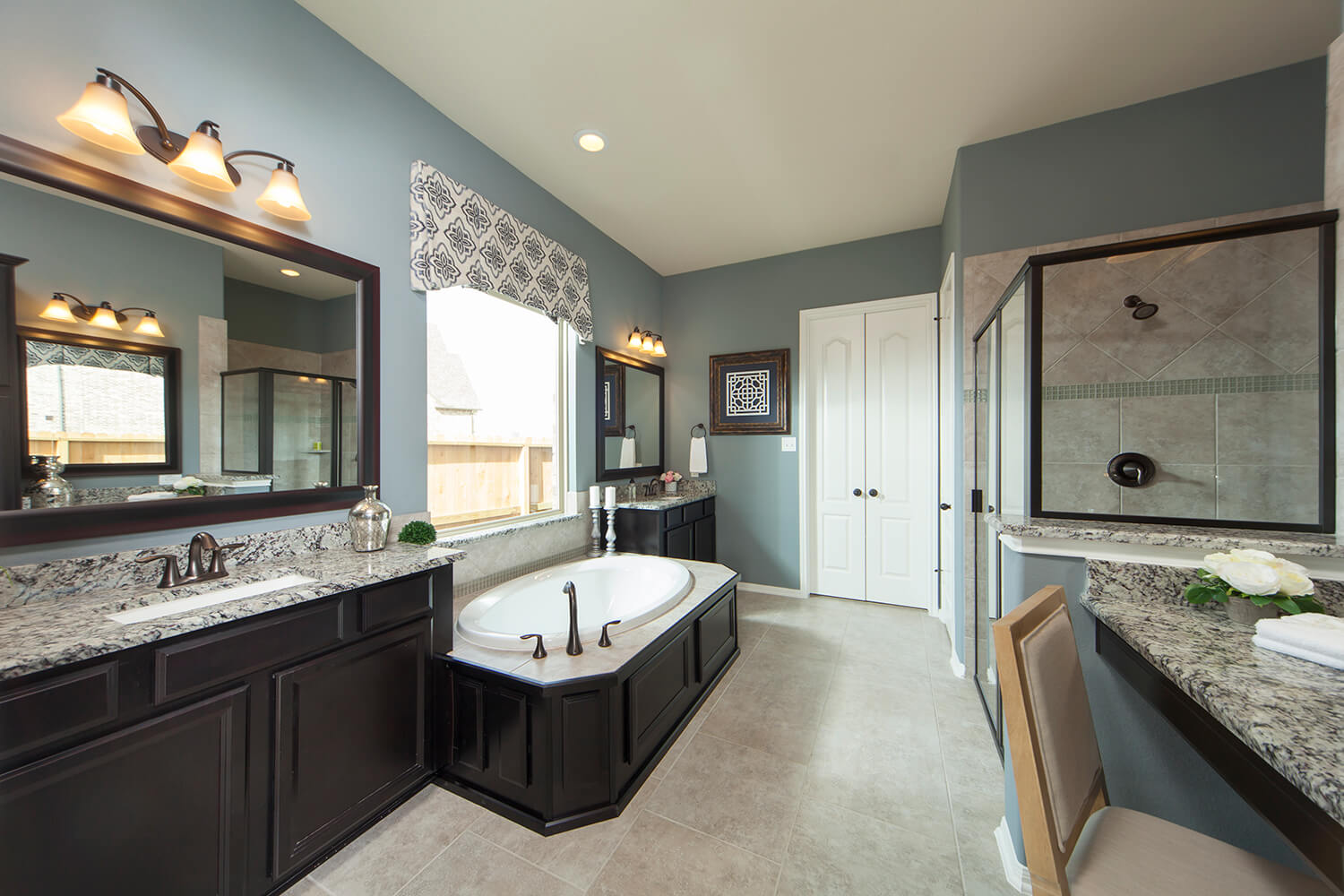 Master Bathroom - The Whitney (5960 Plan)