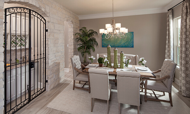 Dining Room - Design 8286