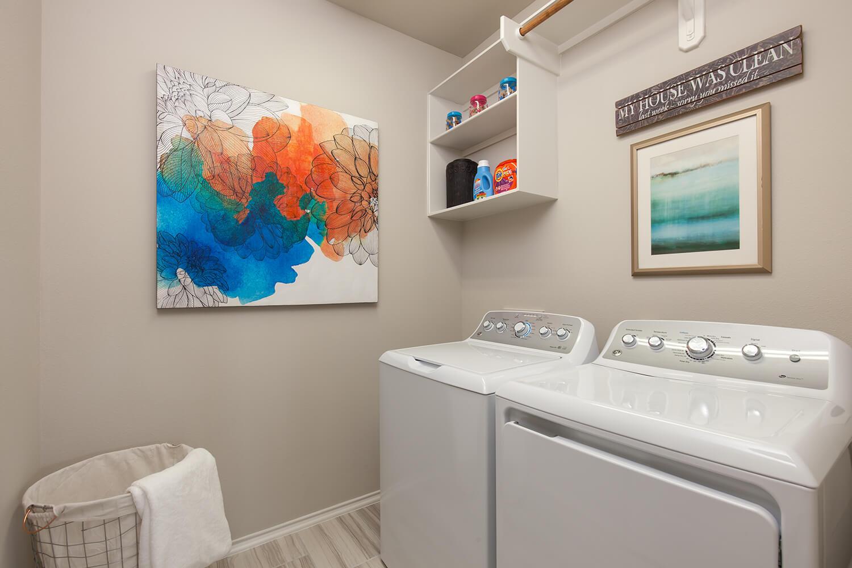 Utility Room - Celina (4832 Plan)