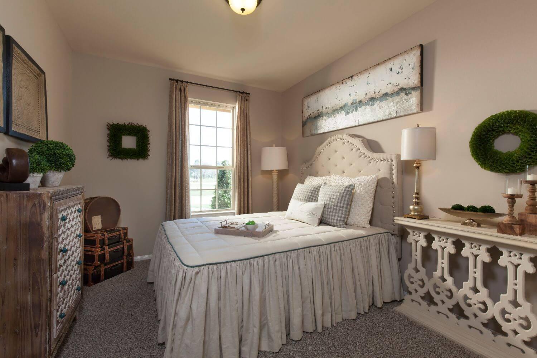 Guest Bedroom - The Miami III (5961 Plan)