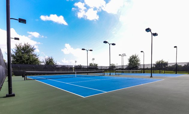 Firethorne Tennis Courts