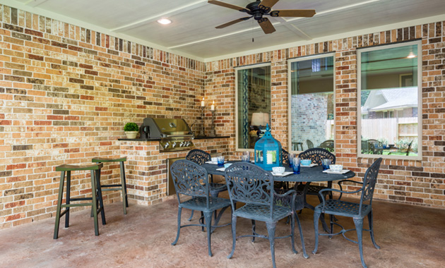 Covered Patio - The Hooks VI (6475 Plan)