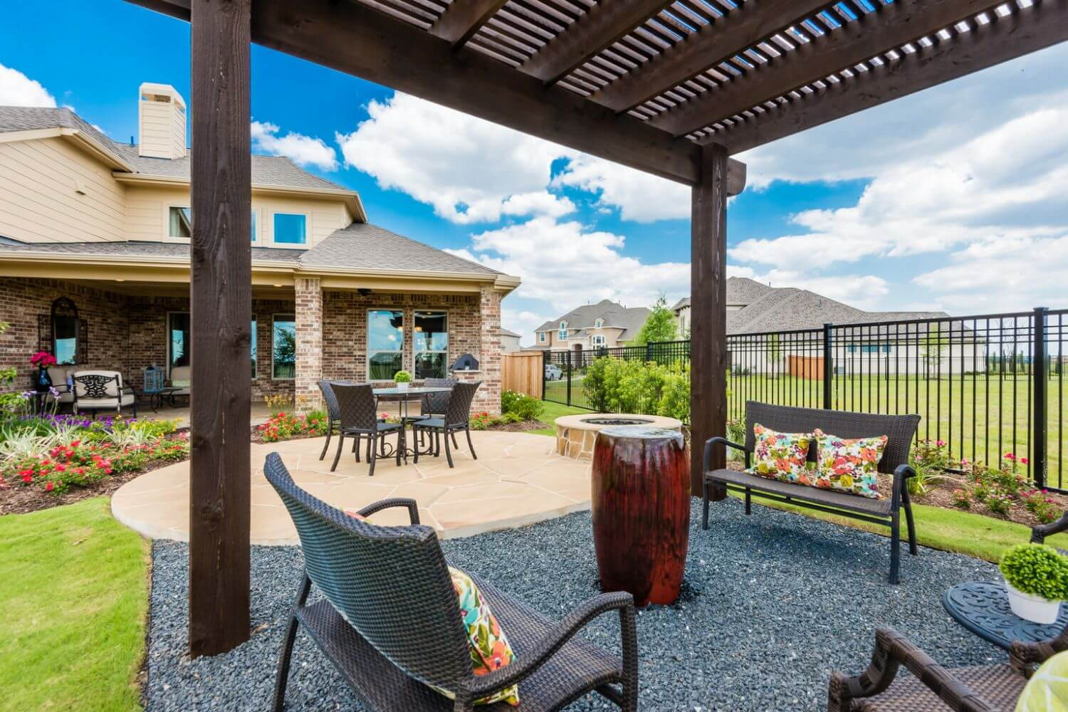 Backyard/Covered Patio - The Hooks VI (6475 Plan)