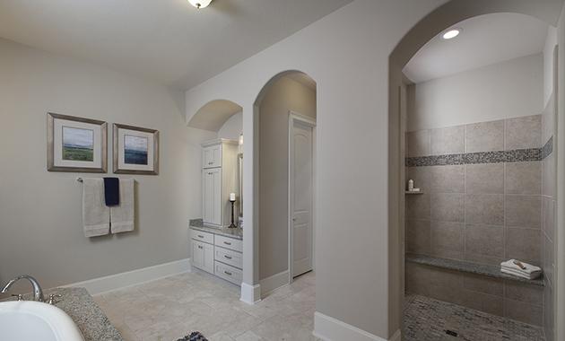Master Bathroom - Design 8321