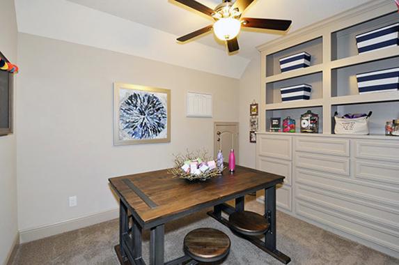 Hobby Room - Design 8310