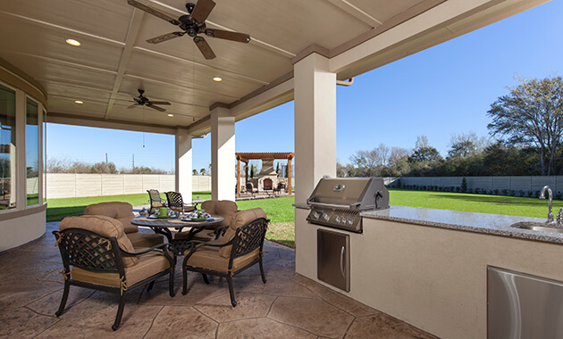 Covered Patio with Outdoor Kitchen - Design 7802