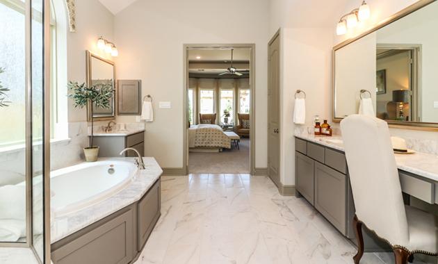 Master Bathroom - Design 7297