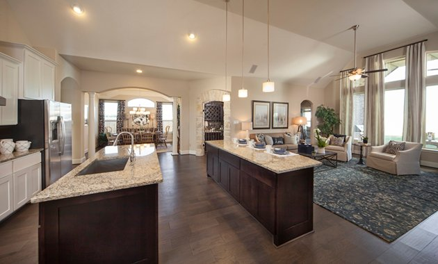 Kitchen and Family Room - The Nederland II (6458 Plan)