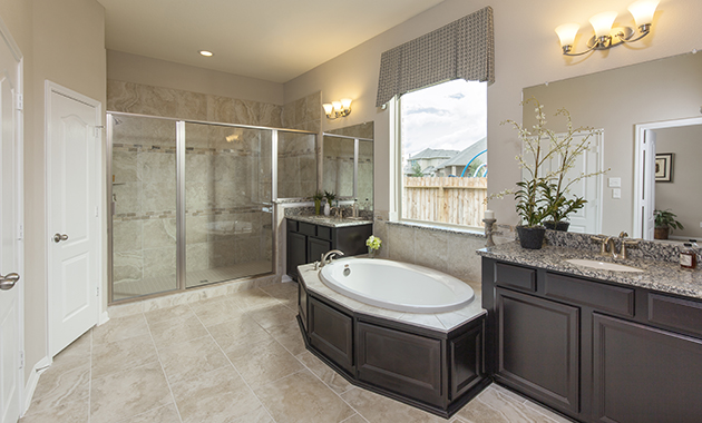 Master Bathroom - The Driftwood (7310 Plan)
