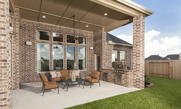 Covered Patio - The Driftwood (7310 Plan)