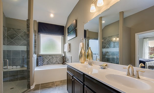 Master Bathroom - The Burlington (2356 Plan)