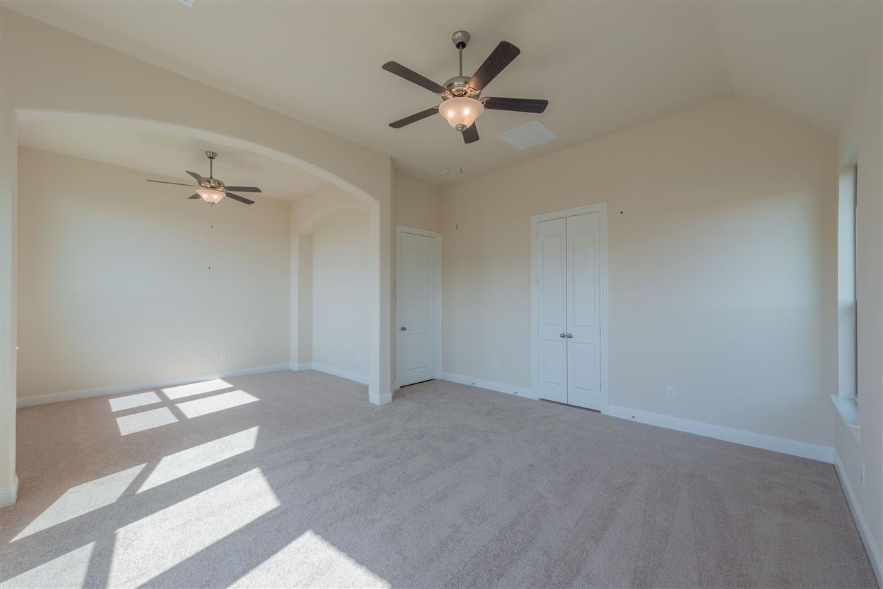 Master Bedroom / Sitting Room