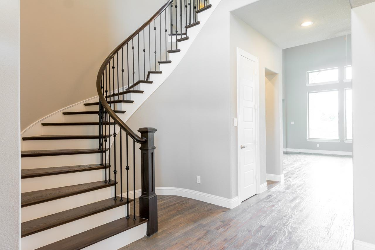 Foyer / Staircase