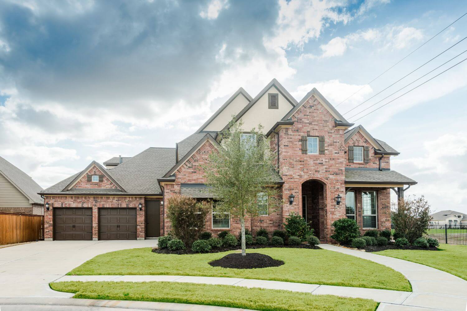 Available new home at 10519 three rivers wy cypress tx for Houston house elevation