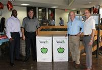 Coventry Homes, Plantation Homes Donate 300 Pounds of Food to the Houston Food Bank