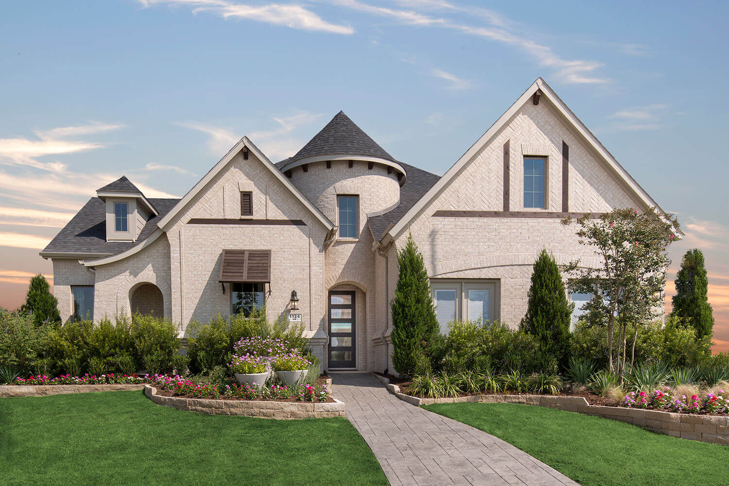 Plantation homes new homes for sale in dallas fort worth for Modern houses for sale in dallas